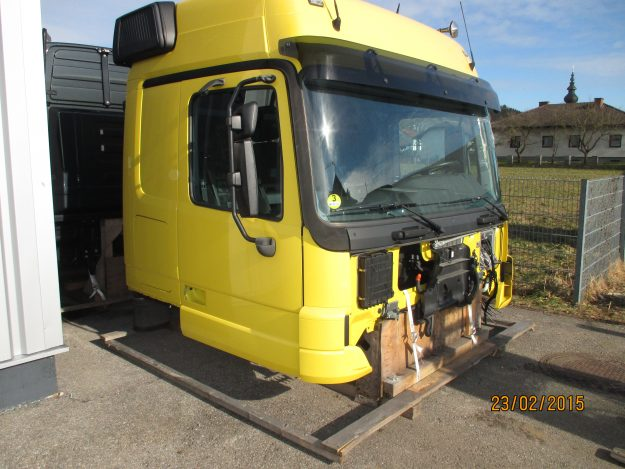 Cabin Megaspace Actros (17)
