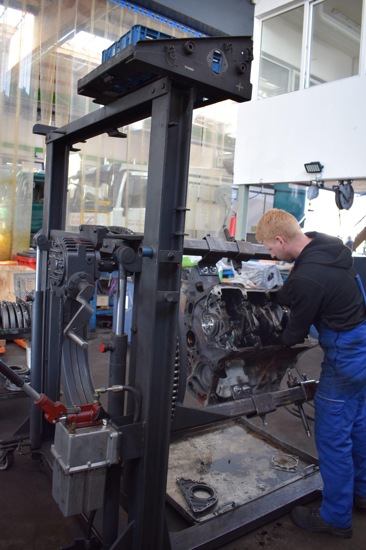 Motorinstandsetzung1-Motor- & Getriebeinstandsetzung