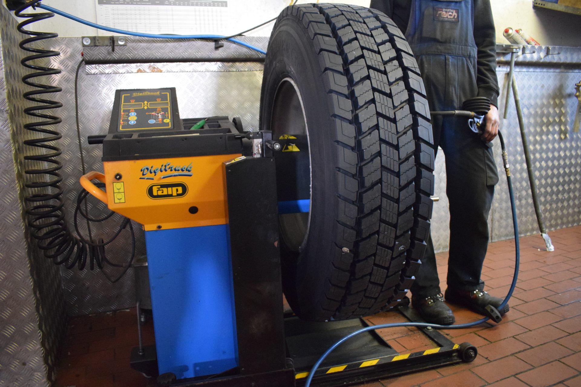 Reifen-wuchten-Dienstleistungen