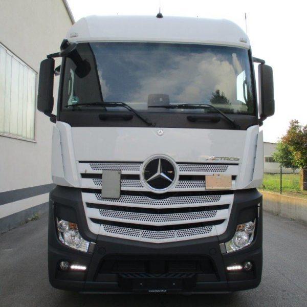Mercedes-1842LS-EZ2017 (3)