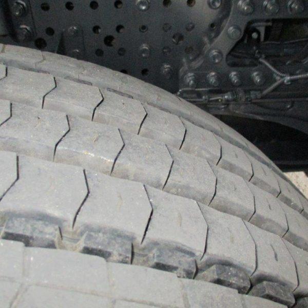Mercedes-1842LS-EZ2017 (5)