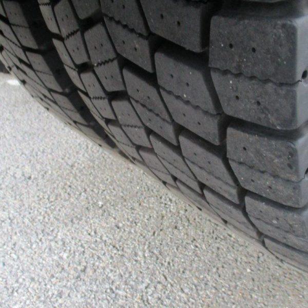 Mercedes-1842LS-EZ2017 (8)