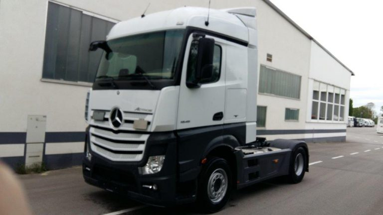 Mercedes-1845LS-2016 (3)