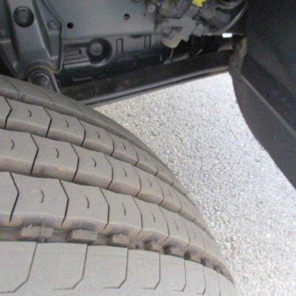 Mercedes 1223 Kühler (16)