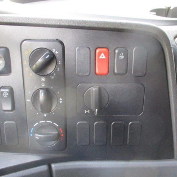 Mercedes 818L-Getränke (3)