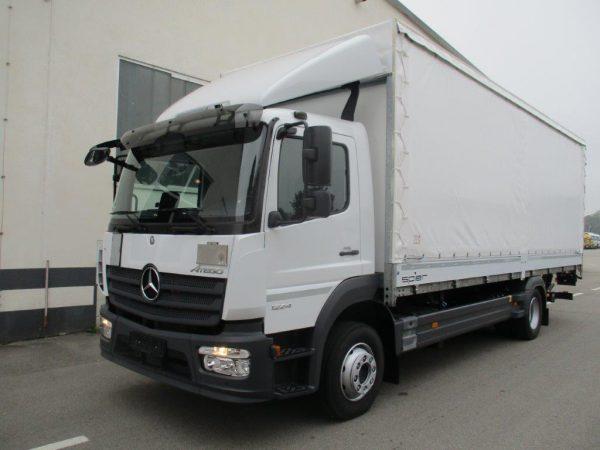1224 L 2018 Mercedes Benz weiß (5)