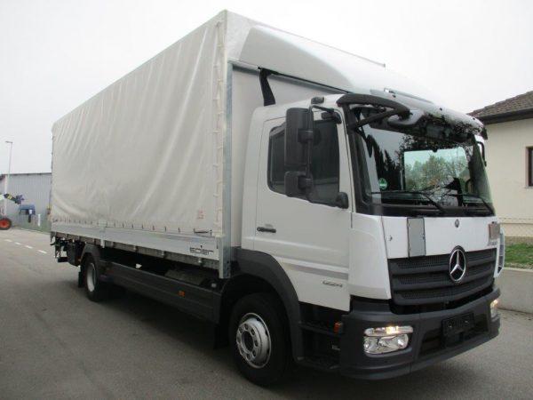 1224 L 2018 Mercedes Benz weiß (8)