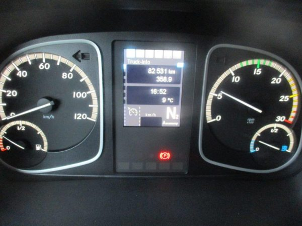 Mercedes 1527L Atego (4)
