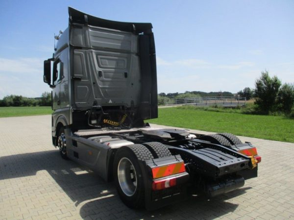 Mercedes-Actros-1845LSNR-2013 (11)
