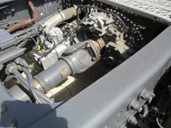 Mercedes-Actros-1845LSNR-2013 (15)