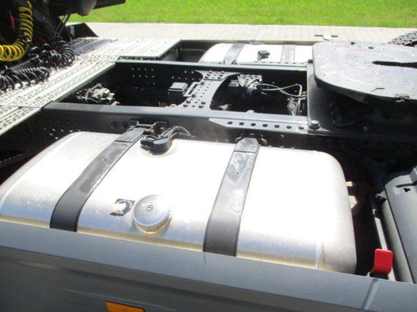 Mercedes-Actros-1845LSNR-2013 (17)