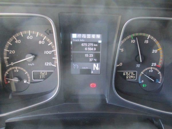 Mercedes-Actros-1845LSNR-2013 (2)