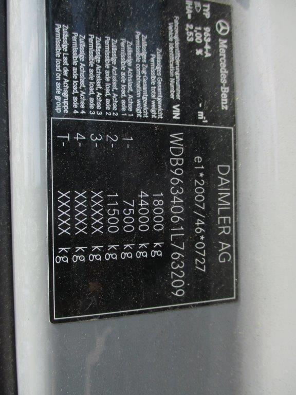 Mercedes-Actros-1845LSNR-2013 (7)