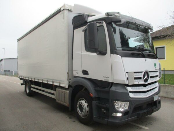 Mercedes-Antos (3)